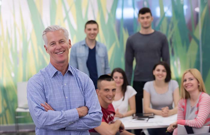 Mentor, decaan met studenten